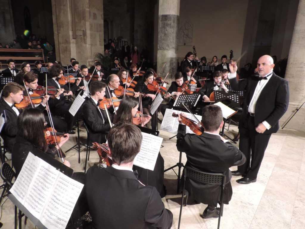 """Al Teatro 'Tosti' di Ortona """"Così fan tutte"""" l'opera del Conservatorio musicale Braga"""