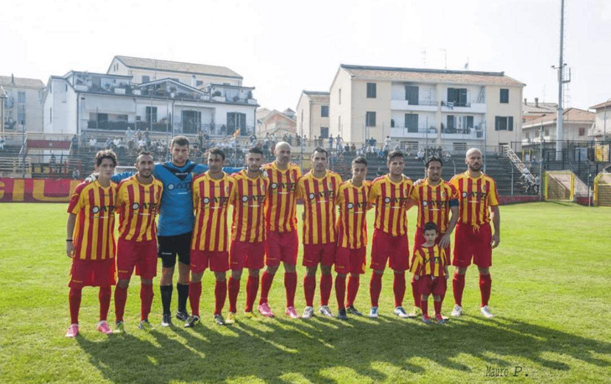 Calcio D/F: Giulianova vittorioso a Notaresco (1-2) e salvo. La Vastese rischia grosso!