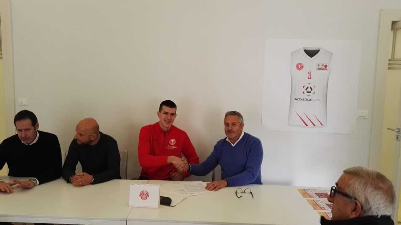 """Basket B, Lazar Kekovic: """"Siamo in fiducia e a Chieti possiamo giocarcela ad armi pari"""""""
