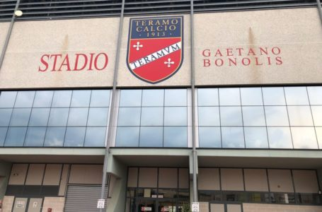 """Calcio, hip hip urrà alla gestione dello stadio """"G. Bonolis"""""""