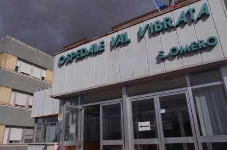 Sant'Omero, anziano si allontana da pronto soccorso: allertati i carabinieri, lo ritrovano nel parcheggio
