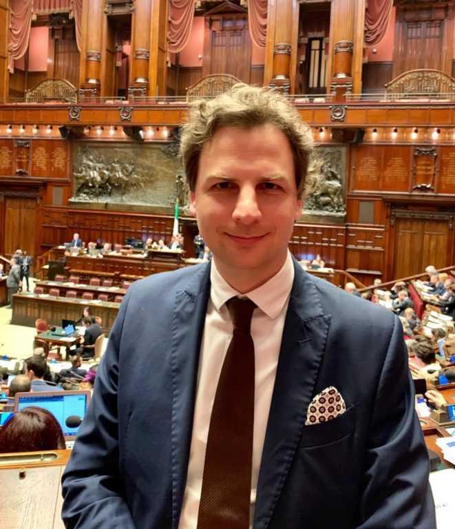 """Infoday a Tortoreto di Antonio Zennaro (M5S): 16 milioni per i giovani dal bando """"Fermenti"""""""