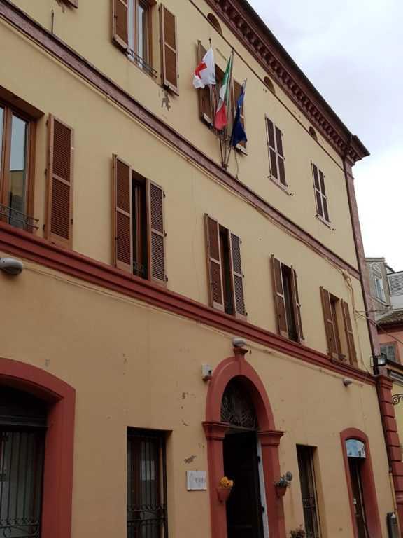 Giulianova: acqua, luce, gas, affitti. Agevolazioni per i pagamenti, domande dal 19 Ottobre all' 8 Novembre
