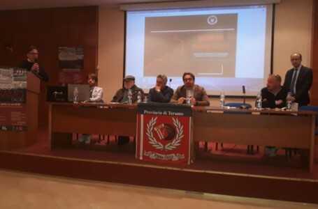 """VIDEO    Museo del Teramo Calcio? Simon Soel dice: """"Meglio Museo del calcio teramano"""""""