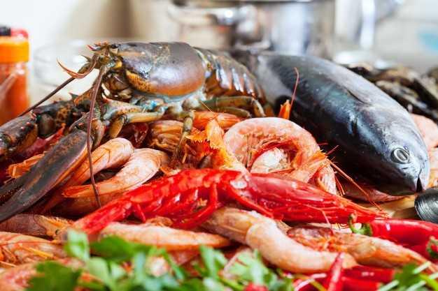 Sabato nel mercato di Campagna Amica a Teramo i tutor del mare per la giornata del pesce nazionale
