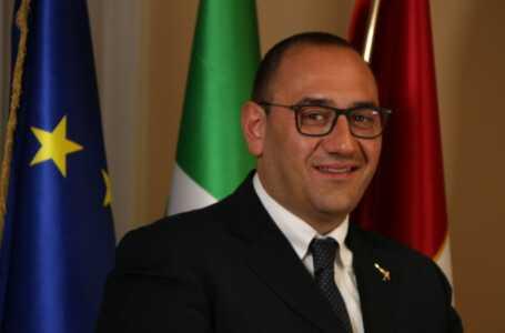 L'assessore regionale Emanuele Imprudente a Giulianova per incontrare i pescatori e il Cogevo