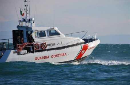 Abruzzo, Guardia costiera: nel 2020 soccorse 79 persone