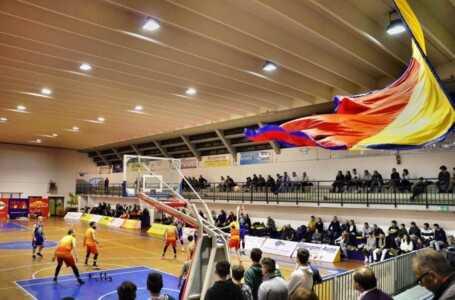Basket B, torna a sorridere la Globo Giulianova che batte il fortissimo Civitanova (69-58)