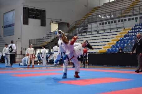 FOTO | Roseto, campionati regionali di Karate: i qualificati per il campionato nazionale