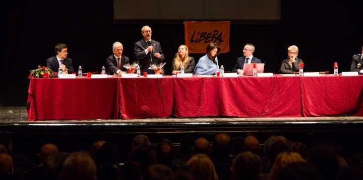 Il segretario generale Uil Barbagallo e il presidente della Commissione Antimafia Morra  a confronto con Tony Cardinale
