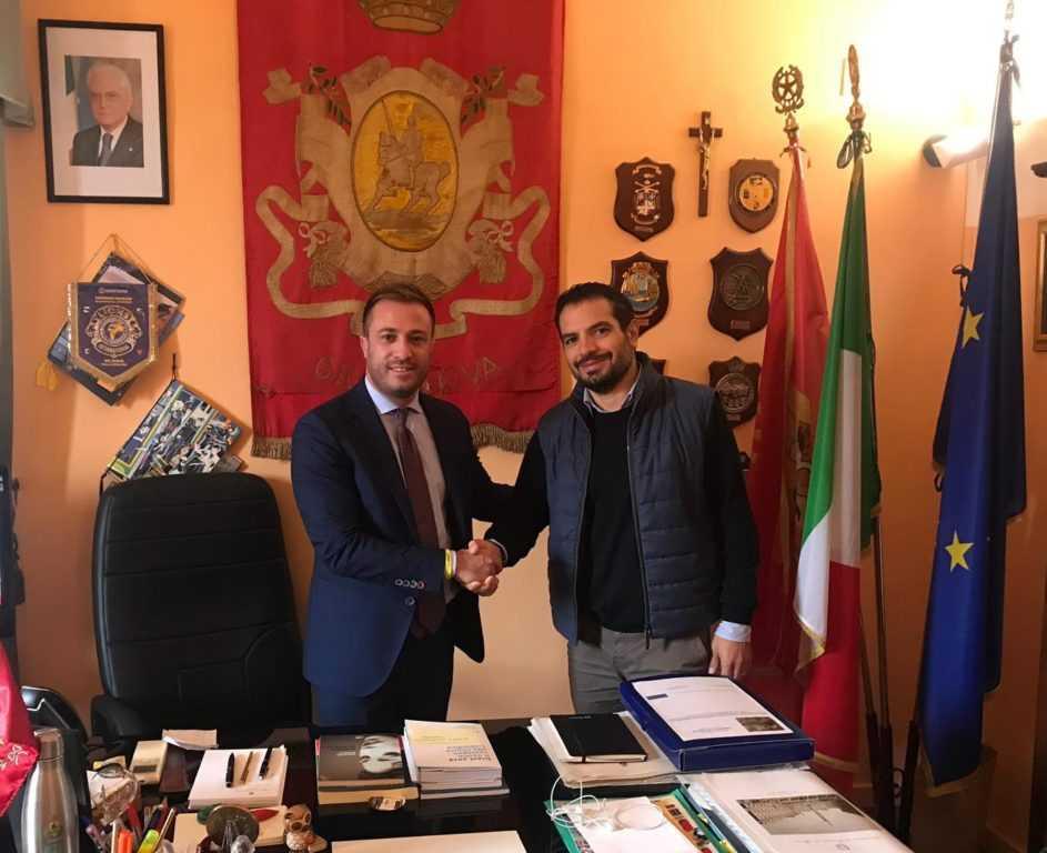 Giulianova, il Sindaco ringrazia e saluta l'ingegnere Flaviano Core che ricoprirà un nuovo incarico in Regione