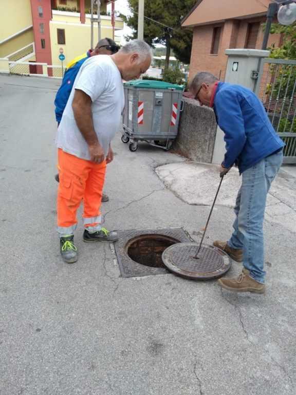FOTO | Pineto, in corso i lavori di manutenzione ordinaria nel Quartiere delle Nazioni