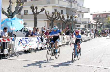 """Ciclismo, classica de """"Lu Callarò"""": trionfo teramano con Alessandro Frangioni"""