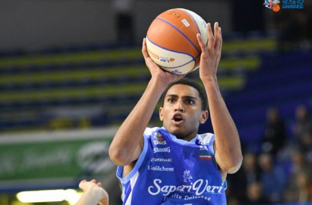 Basket A2, Roseto espugna il PalaSavelli  e supera Montegranaro (78-79)