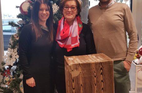 Azienda locale dona alberi natalizi alle scuole del Circolo Comprensivo Giulianova 2