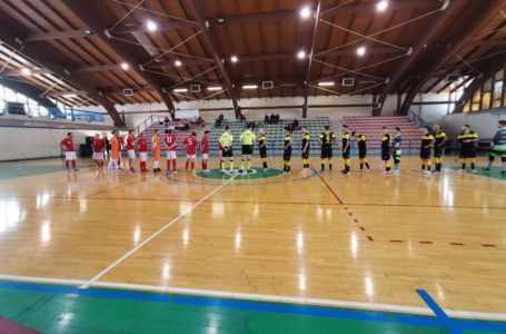 Calcio a 5, la Lisciani affonda nel derby: 10-1 per l'Hatria Team