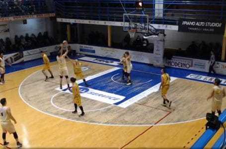 "Basket B, la Globo Giulianova espugna la ""Bombonera"" a Montegranaro"