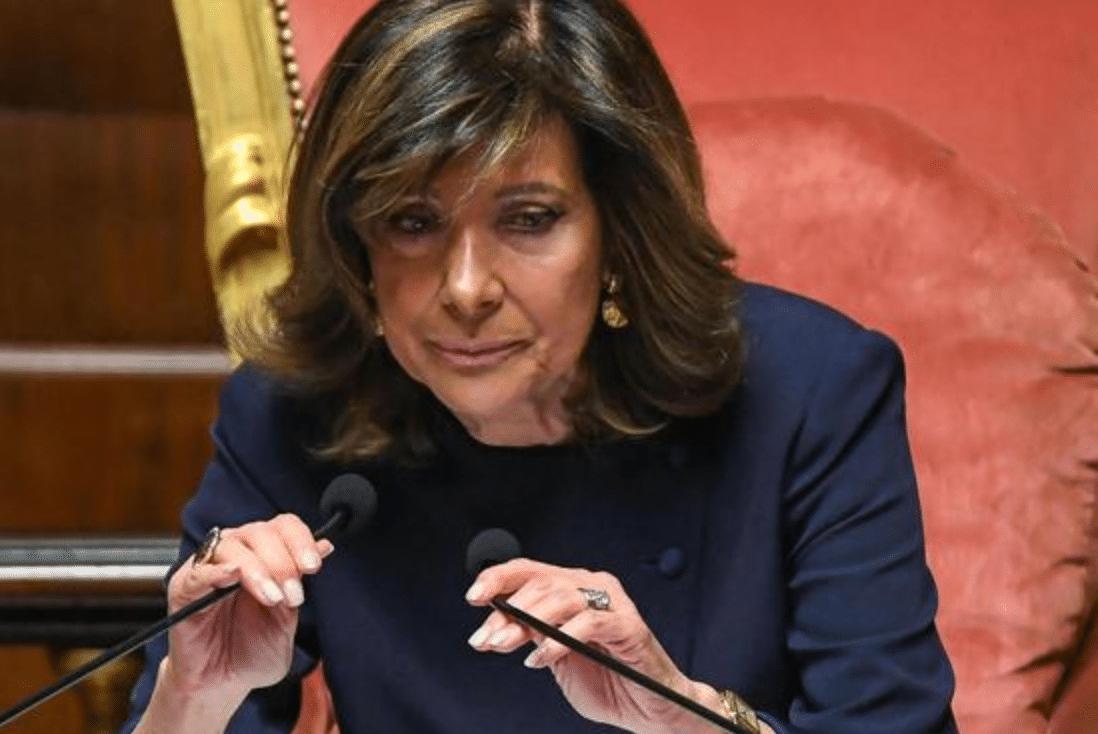 Minacciano la presidente del Senato Casellati sui social: denunciati un teramano ed un veronese