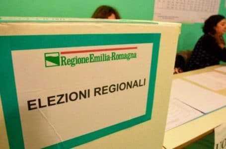 Regioni, da oggi 13 al centro destra e 7 al centro sinistra