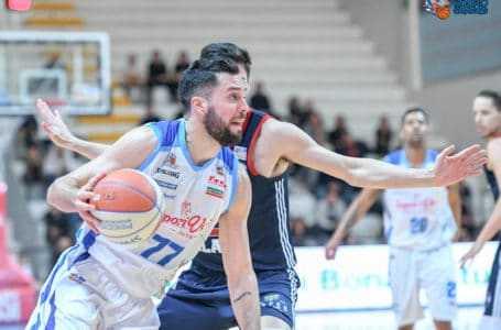 Basket A2, la Sapori Veri Roseto annichilisce l'Urania Milano (80-55)