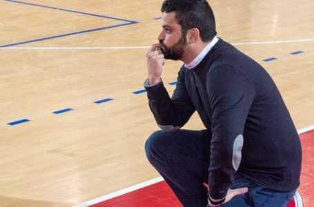 Basket B, il Teramo esonera coach Manuel Cilio: fatale la sconfitta contro la Bakery Piacenza