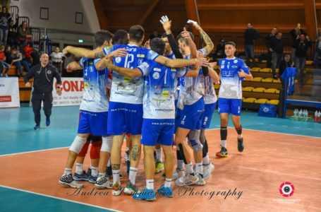 Volley, la Blueitay Pineto vince 3-0 e torna in vetta