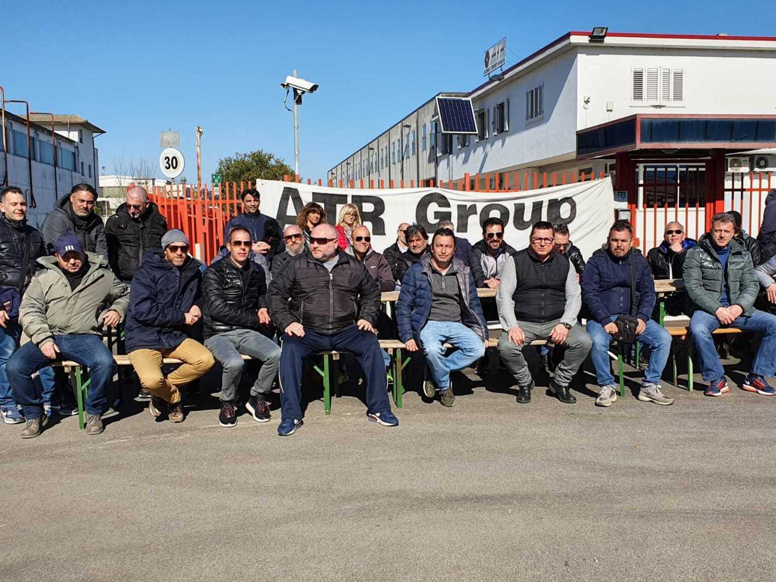 """Atr Colonnella, sesto giorno di sciopero dei lavoratori e domenica arriva la """"Pastasciutta solidale"""""""