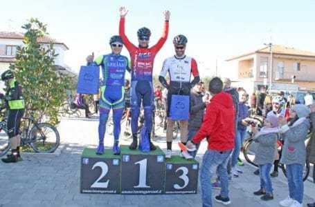 """Giulianova, conclusa con successo la gara di ciclismo amatoriale """"Lu Callarò""""   FOTO e VIDEO"""