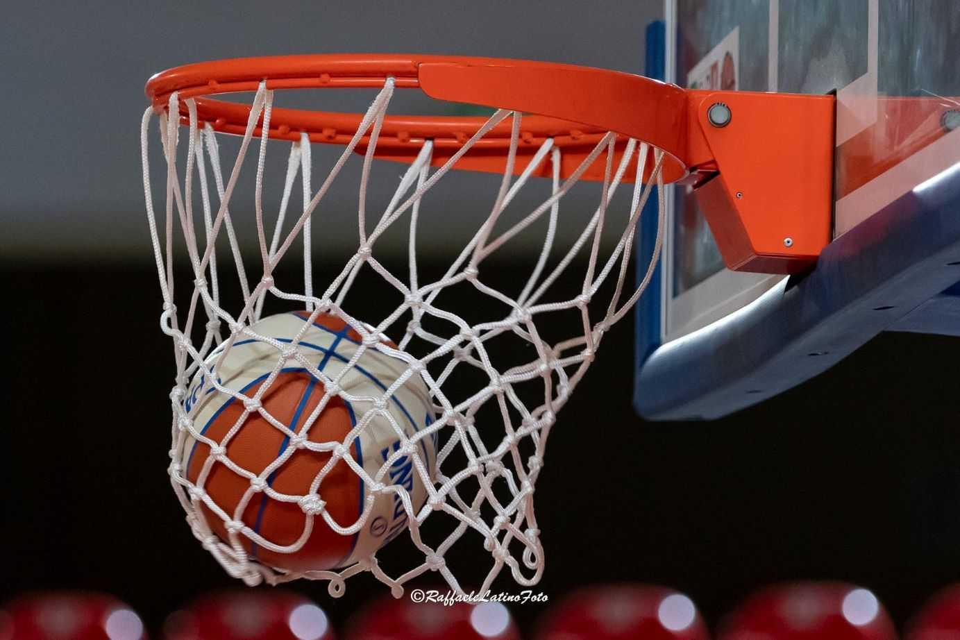 Basket B, la Luiss fa lo sgambetto alla Liofilchem (93-80) che perde la prima gara