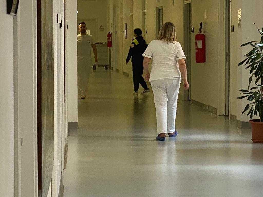 Coronavirus, nel reparto Infettivi a Teramo attivato ...