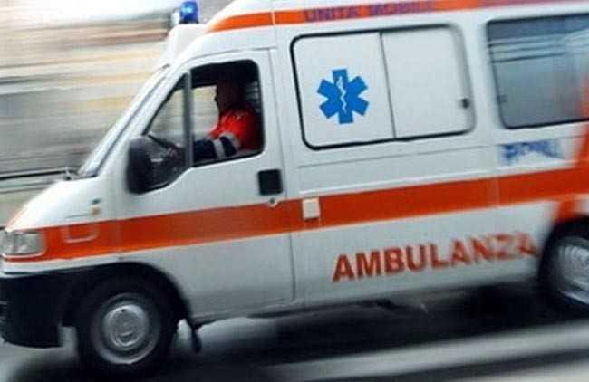 Cade con la moto a Cologna, 27enne ricoverato d'urgenza