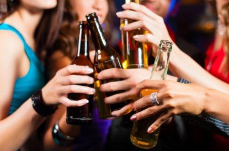 Gli adolescenti e l'alcool