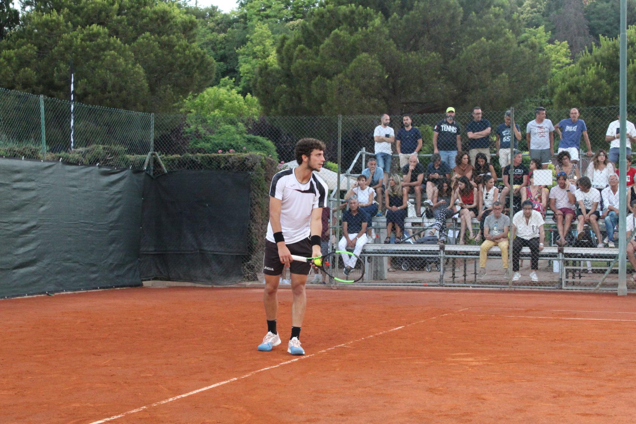 """Tennis Club Roseto, dal 1°al 6 agosto il torneo Open maschile """"Bartolacci"""""""