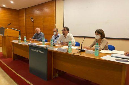 VIDEO e FOTO | Ruzzo, assemblea Sindaci deserta o quasi: si presentano in 13. D'Alberto deluso ma apre discussione informale