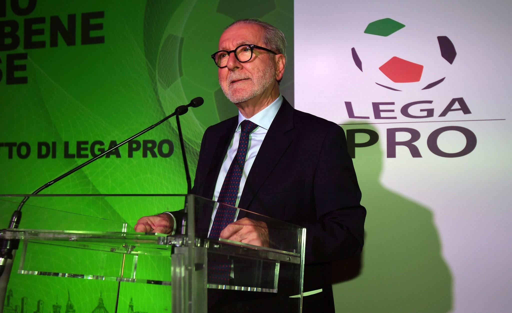 Calcio, in Lega Pro otto partite posticipate causa Covid