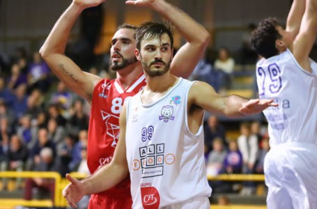 Basket B, Jacopo Lucarelli è l'ultimo arrivo in casa Roseto