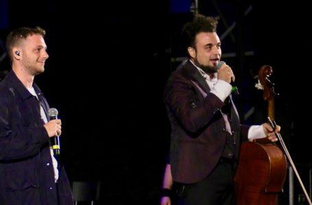 """VIDEO e FOTO   Il teramano Melozzi a """"La Festa della Rivoluzione"""" con Anastasio"""
