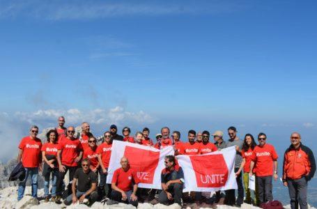 FOTO | Climbing For Climate, le università abruzzesi sul Calderone  firmano appello per sviluppo sostenibile