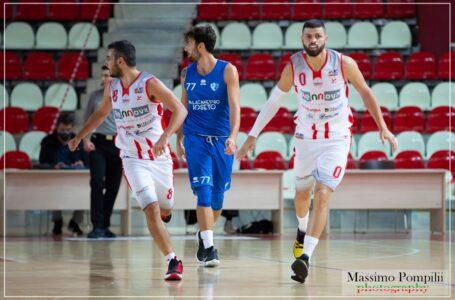 """Basket, supersfida di Coppa del Tasp sabato a Civitanova. Serroni: """"Gara aperta siamo simili"""""""