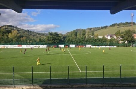Calcio Eccellenza, un giocatore della Torrese positivo al Covid19. Giocatori e staff tecnico in isolamento