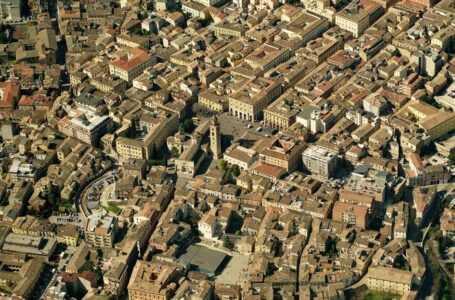 Riportare l'Università in centro storico? E se fosse la soluzione?