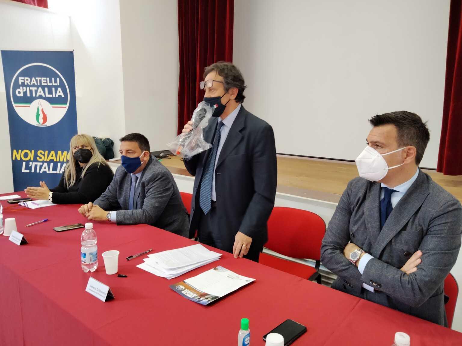 VIDEO E FOTO |Umberto D'Annuntiis entra in Fratelli d'Italia: Forza Italia non dà risposte a cittadini