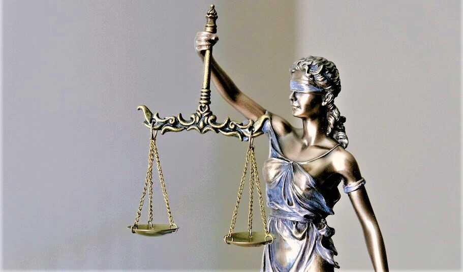 IL RUGGITO /  Ingiusta  come la giustizia