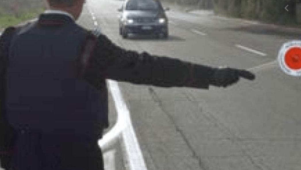 Falsi posti blocco travestiti da Carabinieri per rubare auto, rapine e furti: 8 i fermati, tocca anche Teramo inchiesta