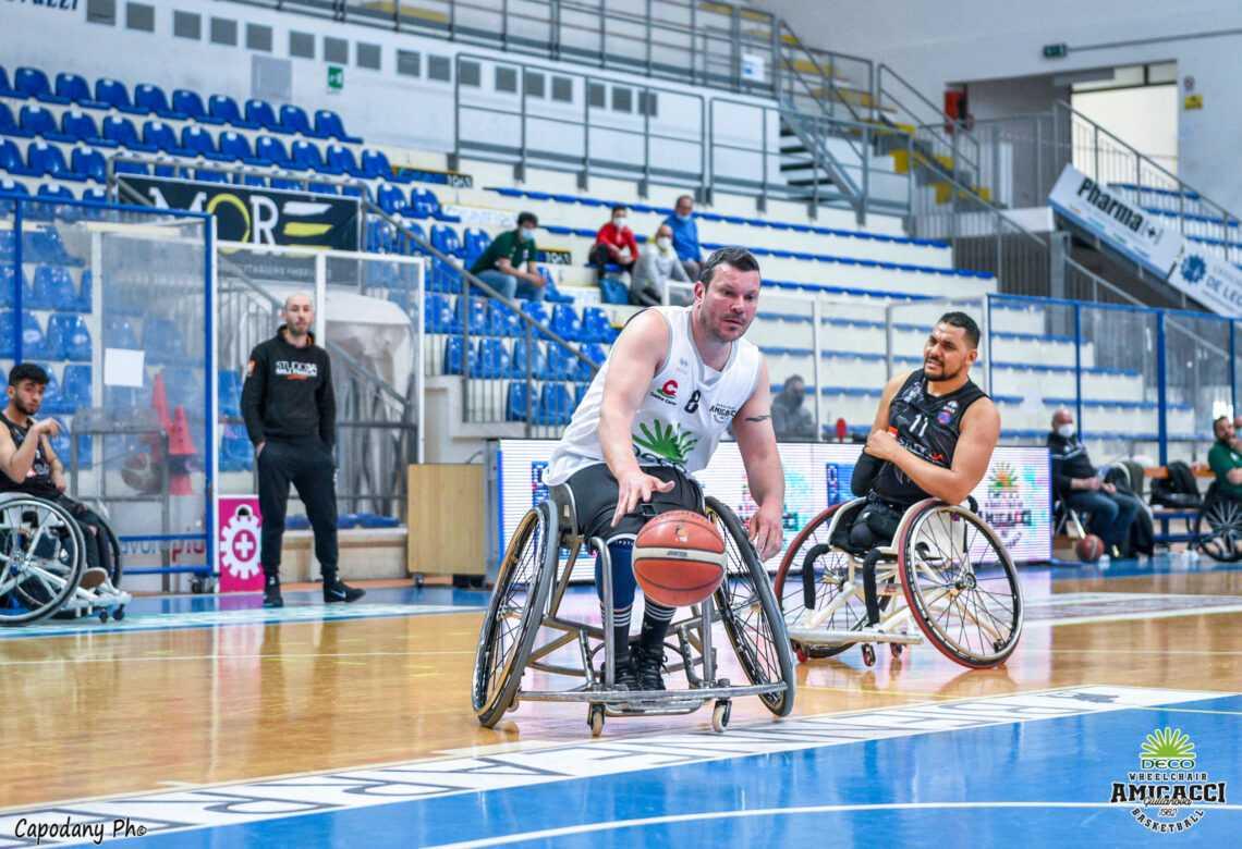 Basket in carrozzina, la Deco Group Amicacci chiude terza: battuta ancora Padova (62-59)