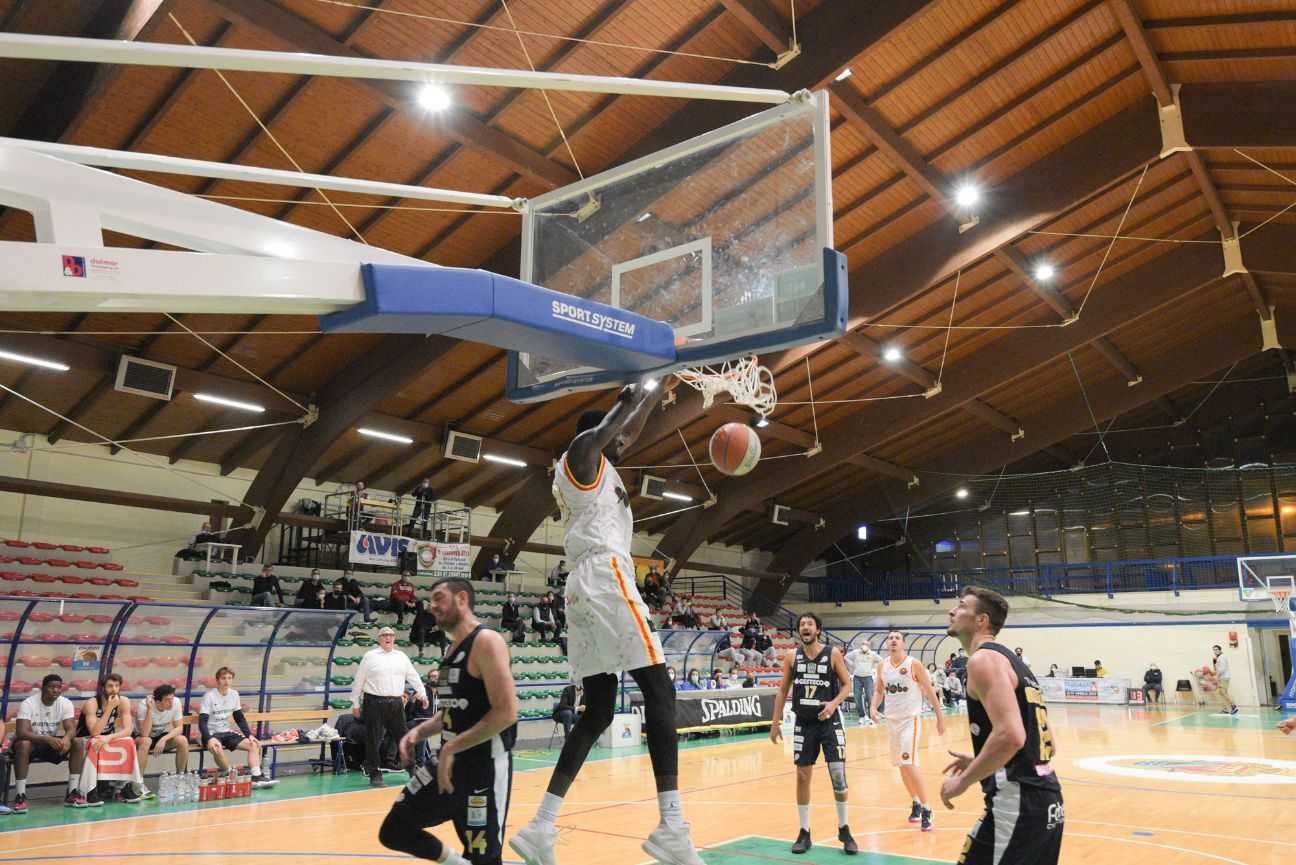 Basket B, a Giulianova di scena il fortissimo San Vendemiano