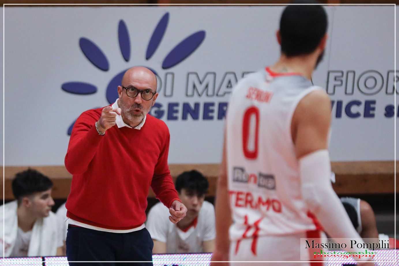 Basket B play-out, male la prima: la Rennova Tasp cade in casa con Montegranaro (70-76)