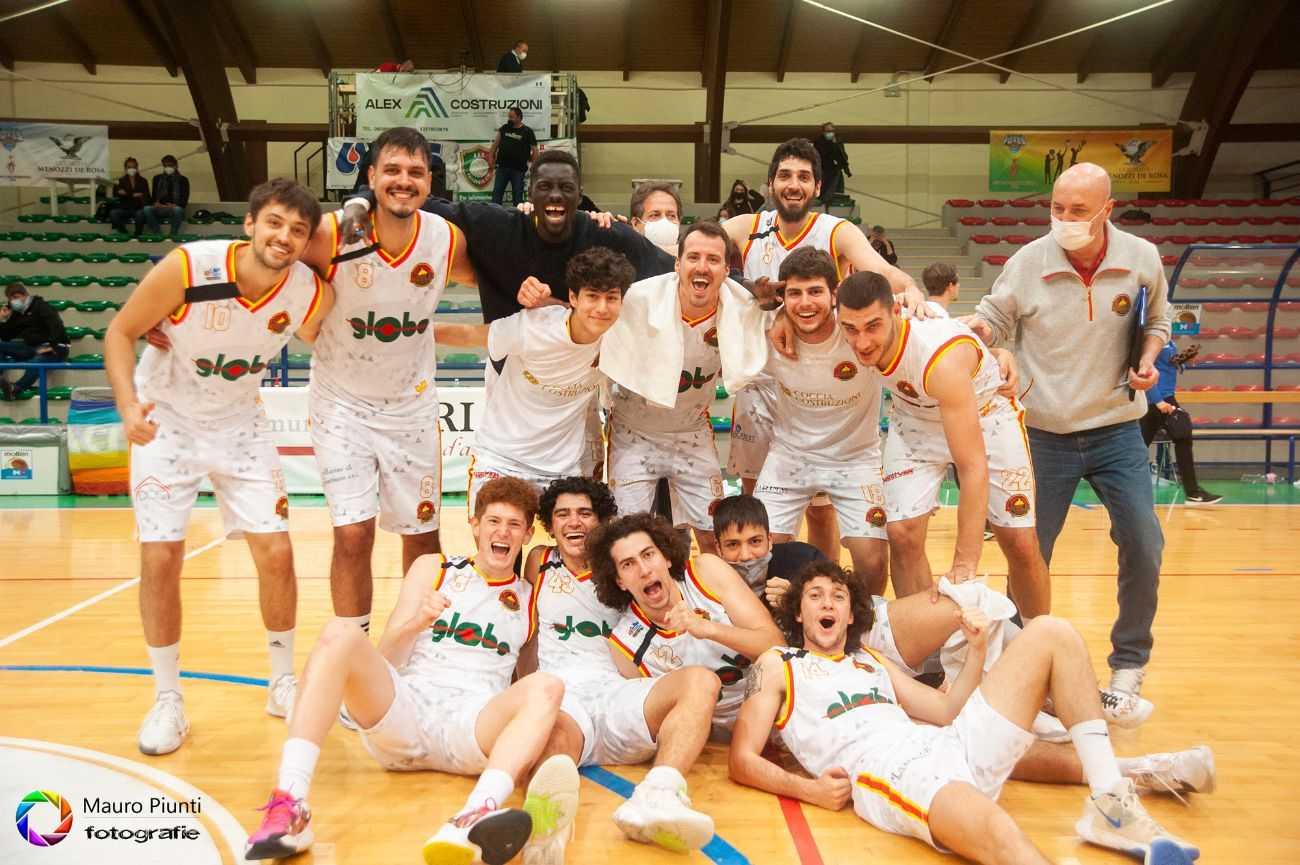 Basket B, la Globo Giulianova ha cuore e orgoglio: battuta la Virtus Padova (72-63)