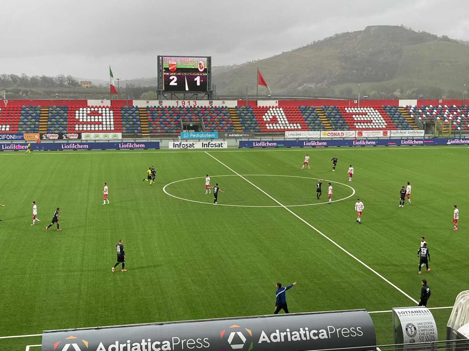 Calcio C, il Teramo ritrova la vittoria (2-1) sulla Turris: l'ha firmata Iachini