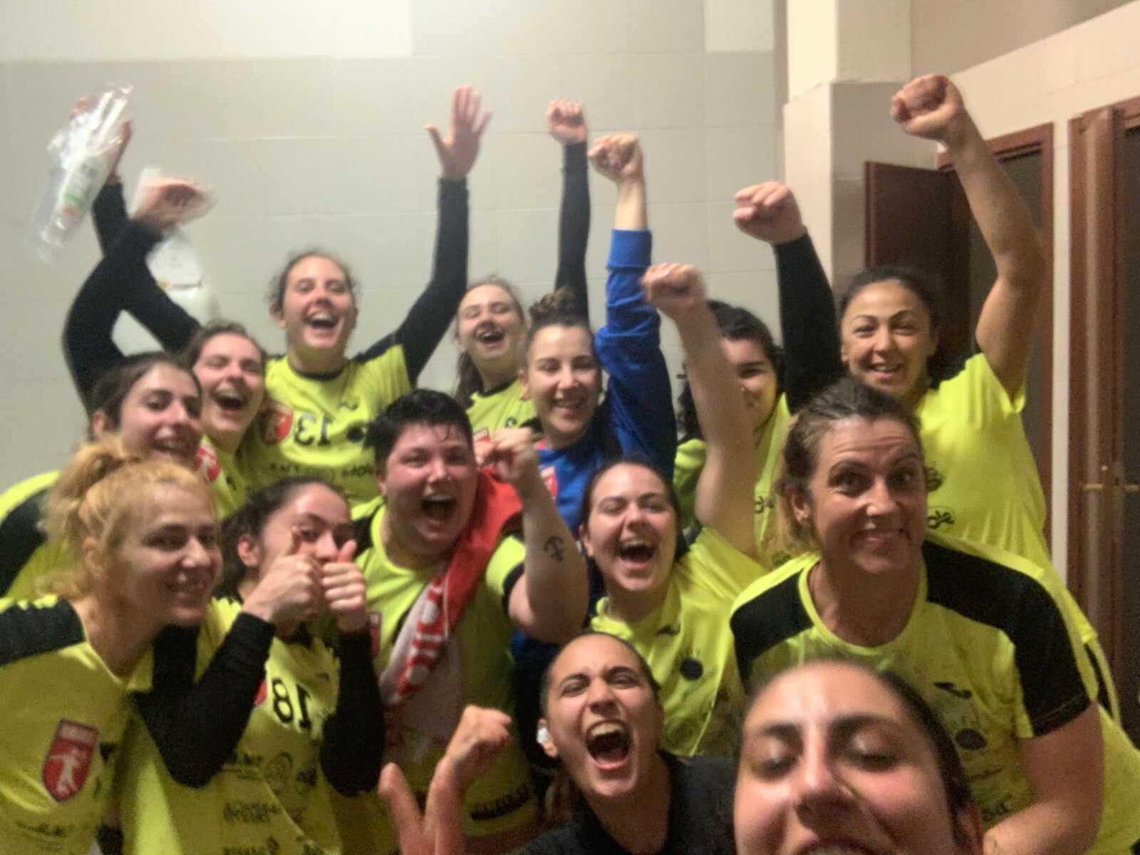 Handball, dopo la vittoria di ieri (23-24) la Nama Tms chiude al primo posto: via ai play-off